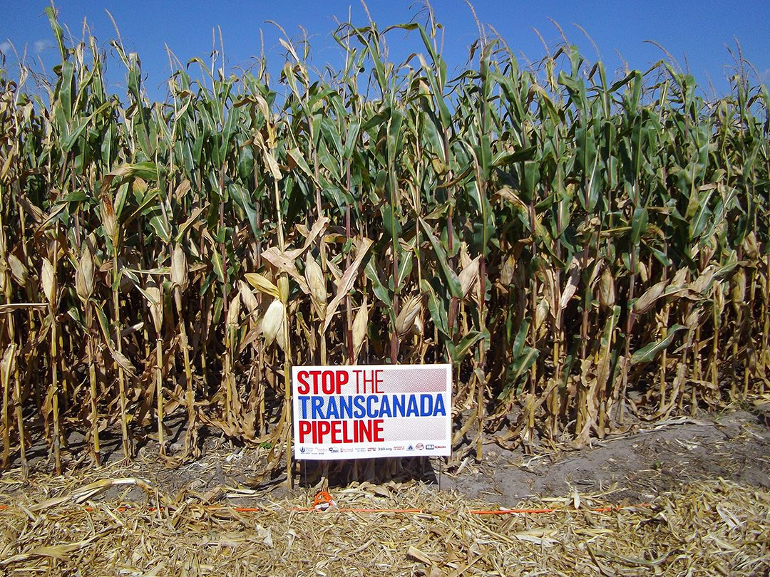 Anti-pipeline sign.